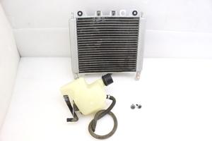 27963 アプリリア SR MAX300 ZAPM35600010022** ラジエーター おまけ→リザーバータンク