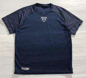 《UNDER ARMOUR アンダーアーマー》UA ビッグロゴプリント ベースボール 半袖 Tシャツ ネイビー SM