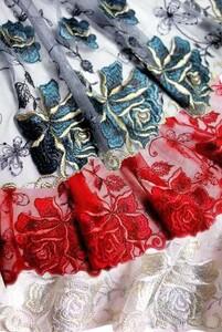 チュールレース レース生地 薔薇刺繍 豪華大輪 グレー生地 グリーンバラ
