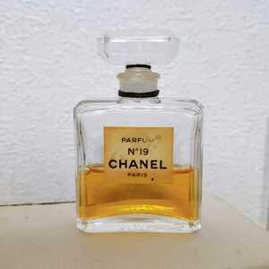CHANEL レディース ミニボトル シャネル 香水 NO19 パルファム 14ml 残量4割強 フレグランス コレクション