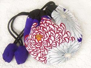 古布177 小丸袋・ポーチ・絹 ( 綺麗な 八重菊 ) 時代着物地