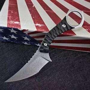 скала  из  сталь   ...  C 2003 8  нож