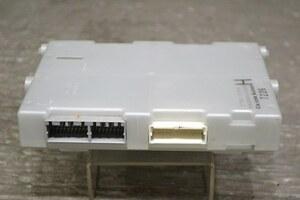 プレサージュ ハイウェイスター 後期(TU31 U31) 純正 Calsonic Kansei 良品 取付OK 動作保証 エアコンアンプ 27760 CN90A K049960
