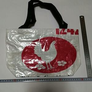 鶏 鳥 赤色 白色 マチあり 土産 トートバッグ 鞄 バッグ アジアン雑貨 鞄 飼料袋 エコバ かばん バッグ カバン ベトナム ホーチミン