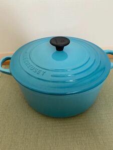 ル・クルーゼ Le Creuset ホーロー 鍋 22cmカリビアンブルー 両手鍋 ルクルーゼ ココットロンド 調理器具