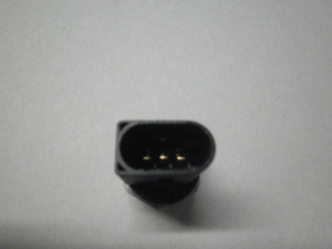 メルセデス ベンツ W211 CDI フューエルプレッシャーセンサー 新品 ディゼルエンジン型式:642に該当 部品番号0061536528 A0061536528