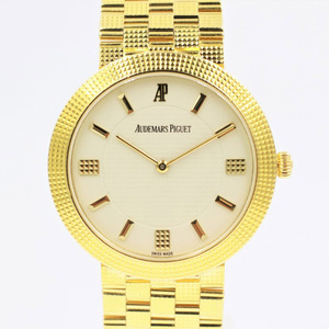 【オーデマピゲ】 腕時計 手巻きウォッチ 15026BA YG アイボリー メンズ 手巻き 中古品