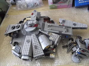 レゴ (LEGO) スター・ウォーズ ミレニアム・ファルコン 7965 ジャンク 現状渡し品 同梱不可