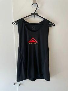 ナイキ ランニング ノースリーブシャツ ウィメンズトレイル タンク ブラック