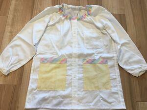 ●ハンドメイド●ワイシャツリメイクスモック 長袖 ハート柄 小学校 図工 習字 スモック 白