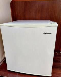 Abitelaxアビテラックス■サイコロ小型冷蔵庫■46㍑■2015年製■AR‐509E