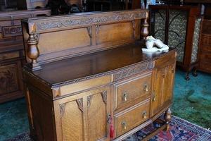 イギリスアンティーク家具 サイドボード キャビネット 英国製 j183