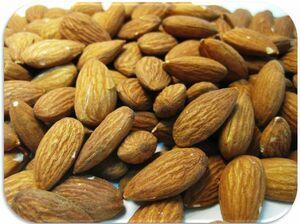 世界美食探究 カリフォルニア産 アーモンド  10kg(1kg×10袋) 【業務用】【素焼き】【無塩、無油】【Almond 】
