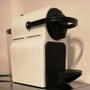 ネスプレッソ NESPRESSO コーヒーメーカー INISSIA C40 取扱説明書 付き