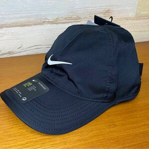 新品 53-56センチ NIKE ナイキ キッズ ジュニア  Dri-FIT エアロビル フェザーライトキャップ 黒 帽子