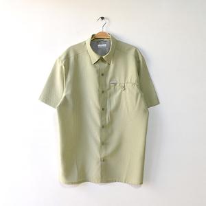 【送料無料】コロンビア アウトドア トレッキングシャツ 半袖シャツ ポリシャツ Columbia メンズM USA アメリカ古着 CB0657