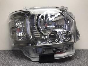 60273◇200系 ハイエース/レジアスエース/4型5型6型 後期 スーパーGL ダークプライム 純正 右ヘッドライト LED KOITO 26-137 打刻A4◇H7-B3