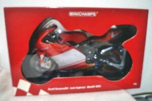 ミニチャンプス Ducati Desmosedici・Loris Capirossi・MotoGP 2003 1/6 ミニカー