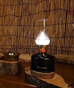 【レトロな可愛いデザイン】 LED ランタン 無段階調光 生活防水 再生利用 eco USB充電 キャンプ アウトドア インテリア ブラック