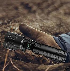 【超高輝度】 LED 懐中電灯 6500LM 5つの照明モード USB入出力 伸縮式ズーム機能 完全防水 防災用ライト キャンプ アウトドア