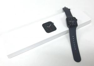 美品 Apple Watch SE 40mm GPS+Cellular スペースグレイ アルミニウム MYF72J/A 箱 ケーブル バンド セット アップルウォッチ