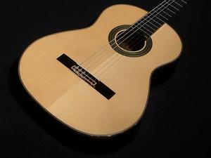 ■新品 送料無料 店頭展示品 Aria アリア A-200S クラシックギター スプルース単板トップ 650mmスケール