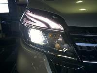 デイズルークス DBA-B21A 右ヘッドライト ランプ KBV ハイウェイスターX Vセレクション 3B20 F1CJB CVT