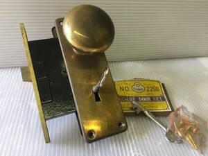 * ретро коробка таблеток . ключ палка ключ коробка набор таблеток ST 2250 двусторонний ключ дыра Showa металл Showa блокировка латунь * Showa Retro античный Strike отсутствует