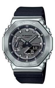 カシオG-SHOCK GM-2100-1AJF 新品未使用
