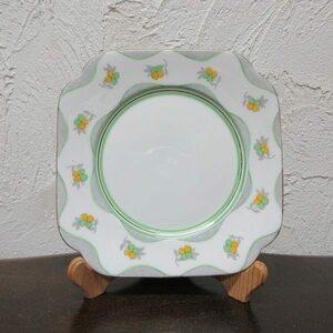 イギリス ヴィンテージ雑貨 Roslyn China社 デザートプレート ケーキプレート 皿 キッチン雑貨 英国製 plate 1860sa