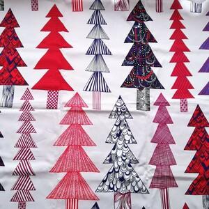 マリメッコ marimekko クーシコッサ もみの木 クリスマス 赤 廃盤 ツリー 貴重 赤 マルチカラー ファブリックパネル