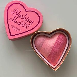 メイクアップレボリューション ブラッシングハート hearts アイラブメイクアップ