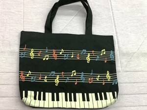 ピアノ音符柄布製トートバッグ美品。レッスンバッグ