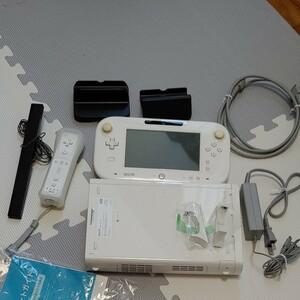 WiiU32ギガシロ  ゲームパッド  リモコン セット Wiiuパーティー スーパーマリオWiiu ダウンロード済み