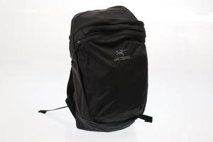 新品 アークテリクス リュック バックパック ディパック バッグ ブラック ARC'TERYX INDEX 15 BACK PACK 18283 BLACK 送料無料