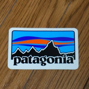☆ patagonia パタゴニア レトロロゴ ステッカー ☆