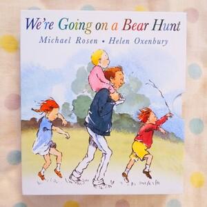 """【新品】""""きょうはみんなでクマがりだ"""" 外国 英語絵本 ポップアップブック"""