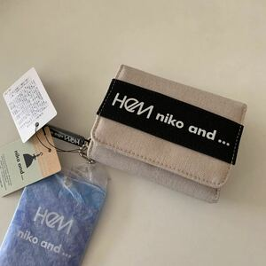HeM ヘム ニコアンド コラボロゴ 三つ折り財布 アイボリー