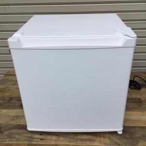 【宮城県発送】中古 美品 アイリスプラザ 冷蔵庫 46L PRC-B051D-W ホワイト 2020年製 1ドア 小型 右開き 幅47cm