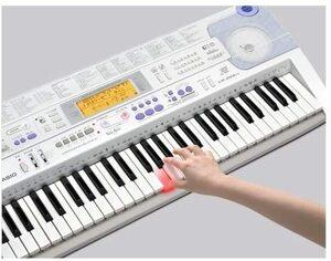 テレビに繋いでレッスン可能!★各種ケーブル付★動作確認済★光ナビゲーションキーボードCASIOカシオLK-203TV電子ピアノ鍵盤楽器エレピ