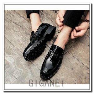 カジュアル紳士靴メンズビジネスシューズ メンズローファー通勤紳士靴カジュアル革靴トレンドエナメルロングノーズインヒール6cmビ