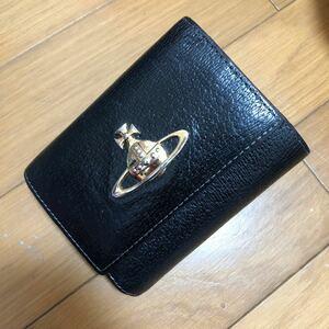 ヴィヴィアンウエストウッド Vivienne Westwood 二つ折り財布