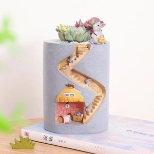 注目◆可愛い♪ハリネズミのフラワーポット☆多肉植物 花 観葉 園芸 ガーデニング プランター 花瓶 植木鉢 インテリア 小物 装飾 動物