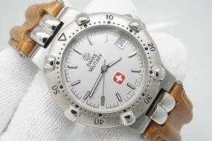 H165●作動良好 SWISS MILITARY スイス ミリタリー スイス製 5気圧防水 デイト 蓄光 紳士メンズ男性腕時計 シルバー お洒落 クォーツ