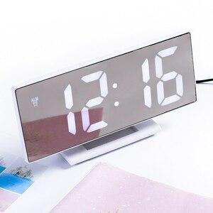 ★最安値★デジタル●時計●LED●目覚まし ミラー 多機能 大型 LCD 温度 カレンダー 卓上 アラーム USB スヌーズ ホワイト