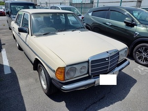 Kobe departure 81y123BENZ230 restore base . that front till engine starting did. restoration do please. possible to exchange