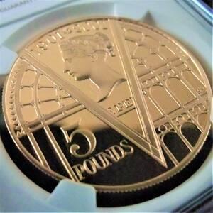 最高鑑定 希少46枚 ロイヤルミント 2001年 イギリス クイーン ヴィクトリア 没後100周年記念 5ポンド 金貨 コイン NGC PF70UC 元箱 証明付