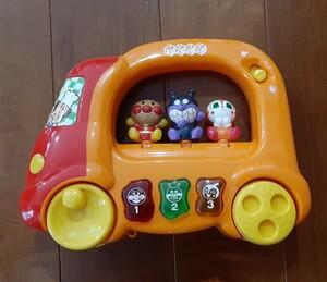アンパンマン おもちゃ 車