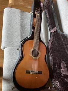 ■YAMAHA G100 クラシックギター 多少傷あり 音は問題なし■