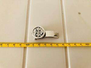 腕時計ベルト用バックル(シルバーカラトラバ